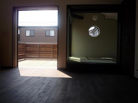 丸窓の家4
