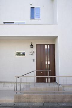 スケルトン階段の家2