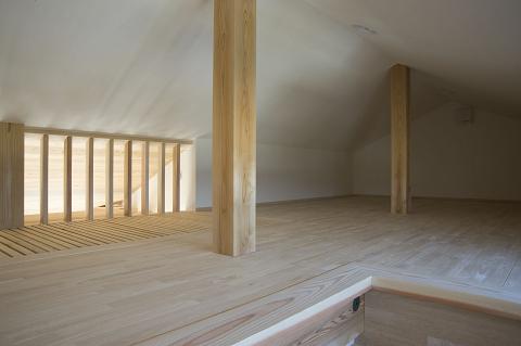 スケルトン階段の家6